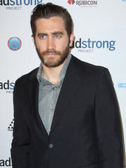 ok! hottie of the day: jake gyllenhaal